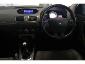 Renault Megane 1.6 Expression - Image 6