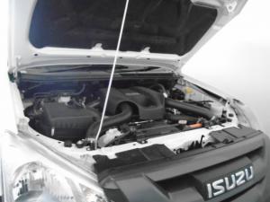 Isuzu D-MAX 250 HO Fleetside Safety S/C - Image 2