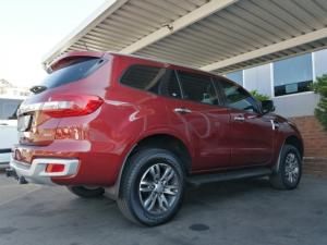 Ford Everest 3.2TDCi 4WD XLT - Image 3