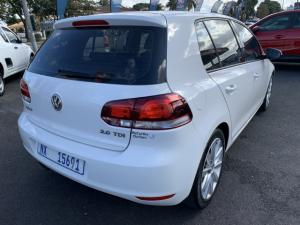 Volkswagen Golf 2.0TDI Highline - Image 2