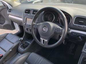 Volkswagen Golf 2.0TDI Highline - Image 4