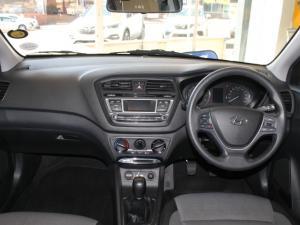 Hyundai i20 1.2 Fluid - Image 14