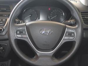 Hyundai i20 1.2 Fluid - Image 18
