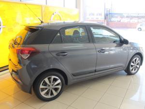 Hyundai i20 1.2 Fluid - Image 6