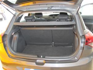 Hyundai i20 1.2 Fluid - Image 9