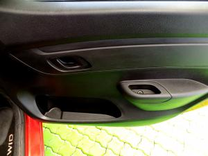 Renault Kwid 1.0 Dynamique 5-Door - Image 16