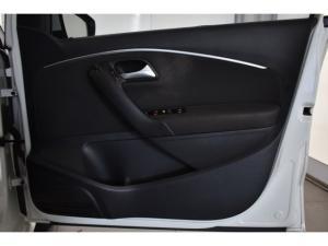 Volkswagen Polo hatch 1.2TSI Comfortline - Image 13