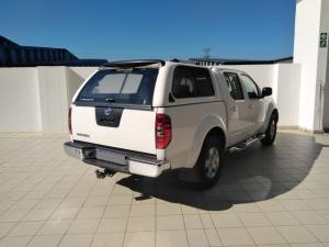 Nissan Navara 2.5dCi double cab 4x4 XE - Image 3