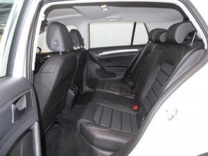 Volkswagen Golf VII 1.0 TSI Comfortline - Image 16