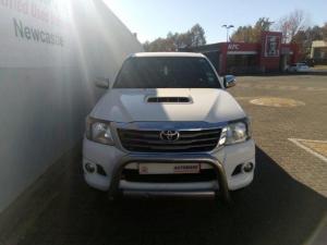 Toyota Hilux 3.0D-4D Xtra cab Raider Legend 45 - Image 2