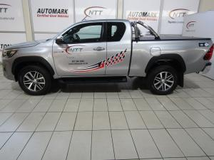 Toyota Hilux 2.8 GD-6 RB Raider 4X4 automaticE/CAB - Image 2