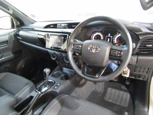 Toyota Hilux 2.8 GD-6 RB Raider 4X4 automaticE/CAB - Image 8