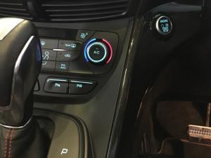 Ford Kuga 2.0 Ecoboost ST AWD automatic - Image 7