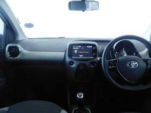 Toyota Aygo 1.0X-PLAY - Image 10