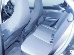 Toyota Aygo 1.0X-PLAY - Image 2