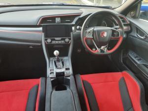 Honda Civic 2.0T Type R - Image 7