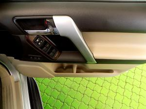 Toyota Prado VX 4.0 V6 automatic - Image 26