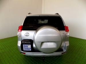 Toyota Prado VX 4.0 V6 automatic - Image 5