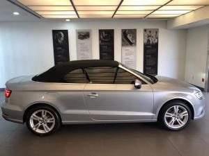 Audi A3 2.0T FSI Stronic Cabriolet T - Image 4