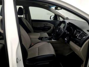 Kia Grand Sedona 2.2 Crdi EX + automatic - Image 11