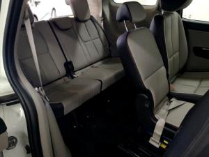Kia Grand Sedona 2.2 Crdi EX + automatic - Image 13