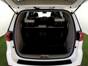Kia Grand Sedona 2.2 Crdi EX + automatic - Image 6