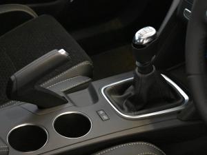 Renault Megane IV 1.2T Dynamique - Image 11