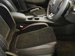 Renault Megane IV 1.2T Dynamique - Image 14