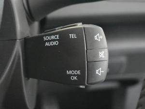 Renault Megane IV 1.2T Dynamique - Image 17