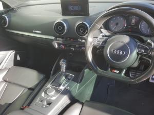Audi S3 Stronic 3-Door - Image 14