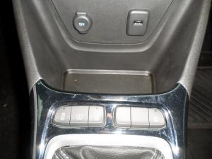 Opel Crossland X 1.2 - Image 11