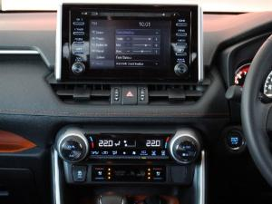 Toyota RAV4 2.0 AWD GX-R - Image 11