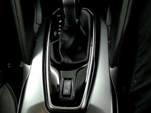 Renault Koleos 2.5 Expression CVT - Image 13