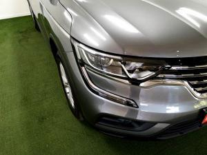 Renault Koleos 2.5 Expression CVT - Image 18