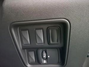 Renault Koleos 2.5 Expression CVT - Image 24