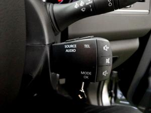 Renault Koleos 2.5 Expression CVT - Image 30