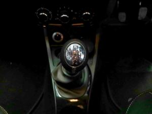 Renault Duster 1.5dCi Dynamique 4WD - Image 11