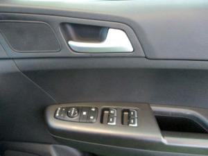 Kia Sportage 2.0 Crdi Ignite + automatic - Image 20