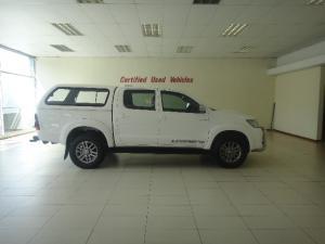 Toyota Hilux 3.0D-4D double cab Raider Legend 45 auto - Image 4