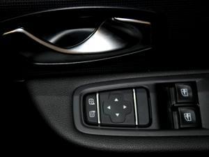 Renault Clio IV 900T Authentique 5-Door - Image 29