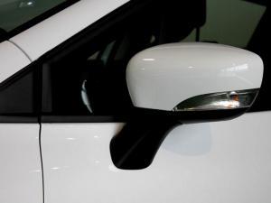 Renault Clio IV 900T Authentique 5-Door - Image 36