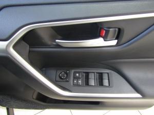 Toyota RAV4 2.0 GX CVT - Image 8
