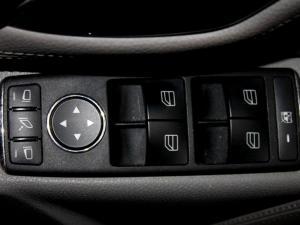 Mercedes-Benz C200K Elegance automatic - Image 25