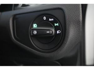 Volkswagen Golf VII 1.0 TSI Trendline - Image 19