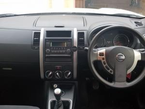Nissan X Trail 2.0 4X2 XE - Image 3
