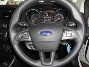 Ford Focus 1.0 Ecoboost Ambiente 5-Door - Image 14