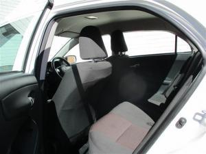 Toyota Corolla Quest 1.6 automatic - Image 7