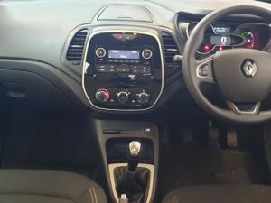 Renault Captur 900T Blaze 5-Door - Image 10