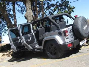 Jeep Wrangler 2.8 CRD Unltd Sahara automatic - Image 6