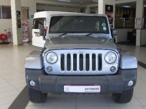 Jeep Wrangler 2.8 CRD Unltd Sahara automatic - Image 7
